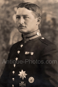 http://antique-photos.com/images/joomgallery/thumbnails/___germany_5/____german_empire_10/___army_15/ge_army_4_20130630_1493677271.jpg?from=http://antique-photos.com/images/joomgallery/thumbnails/___germany_5/____german_empire_10/___army_15/ge_army_4_20130630_1493677271.jpg