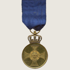 Crown Order Medal main